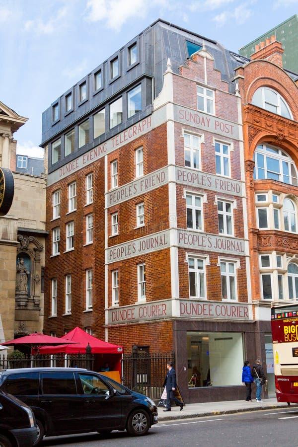 Un edificio de Fleet Street foto de archivo libre de regalías