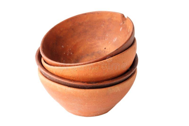 Un ensemble de tasses de terre cuite d'argile de vin images stock