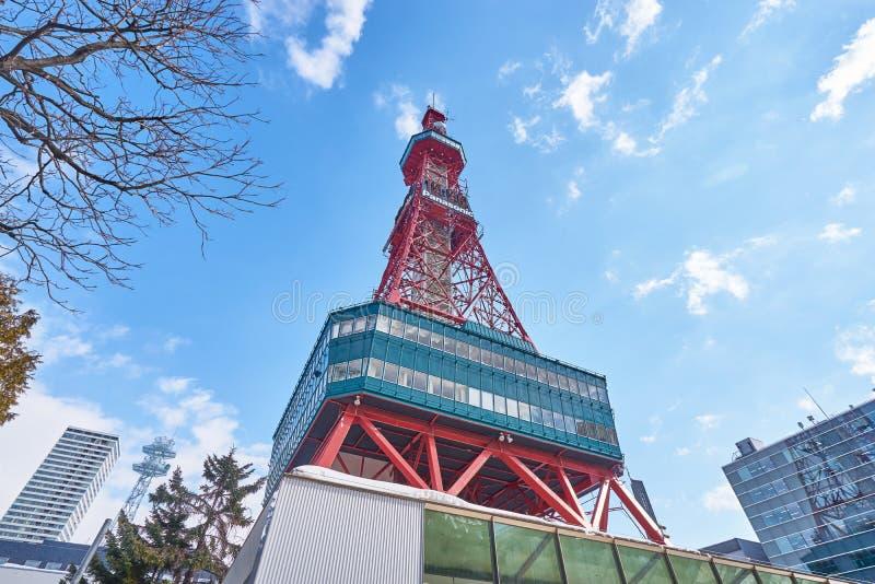 Un escénico hermoso de la torre de Sapporo TV en invierno en la ciudad de Sapporo, Hokkaido fotos de archivo libres de regalías