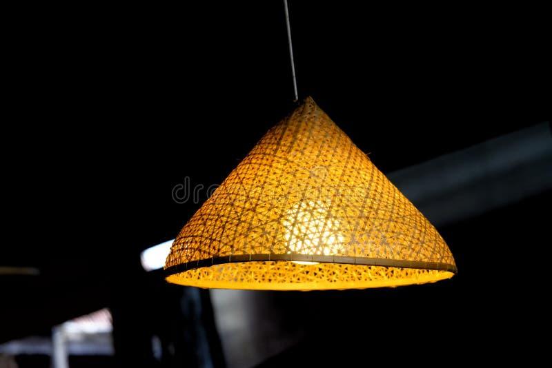 Un estilo oriental hermoso de una linterna shinning foto de archivo libre de regalías