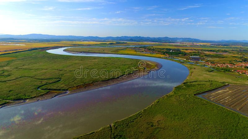 Un fiume curvo fotografia stock libera da diritti