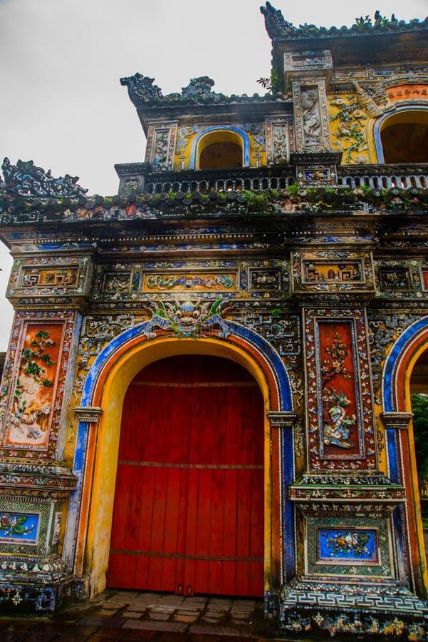 Un fragment d'un ornement Entrée de citadelle, tonalité, Vietnam image libre de droits