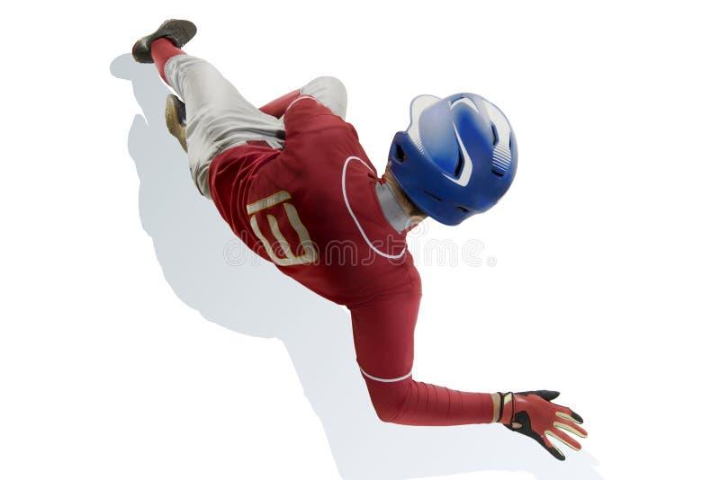 Un funzionamento caucasico del giocatore di baseball dell'uomo isolato su bianco fotografia stock libera da diritti