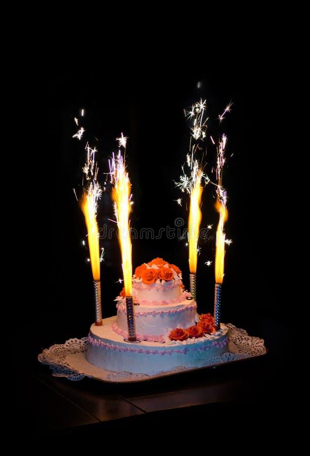 Un gâteau de mariage images stock