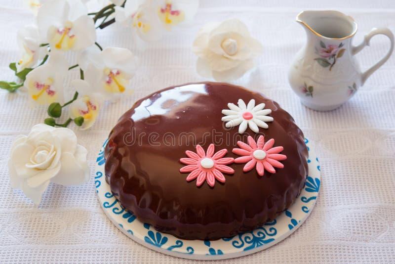 Un gâteau de mousse pour le petit déjeuner photographie stock