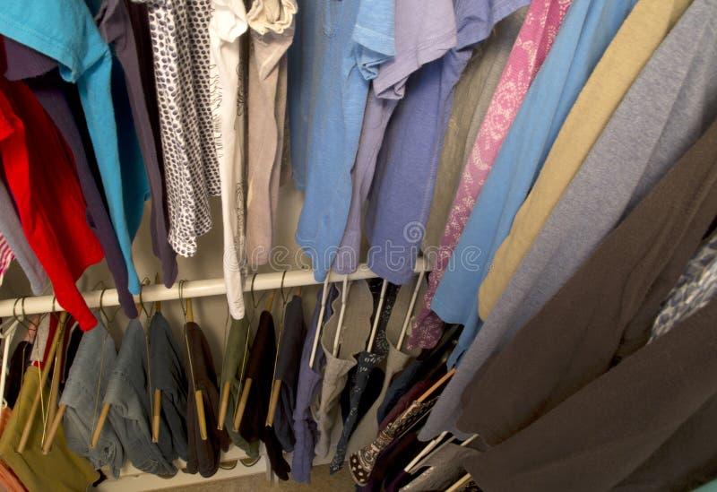 Un gabinetto della casa per abbigliamento fotografie stock
