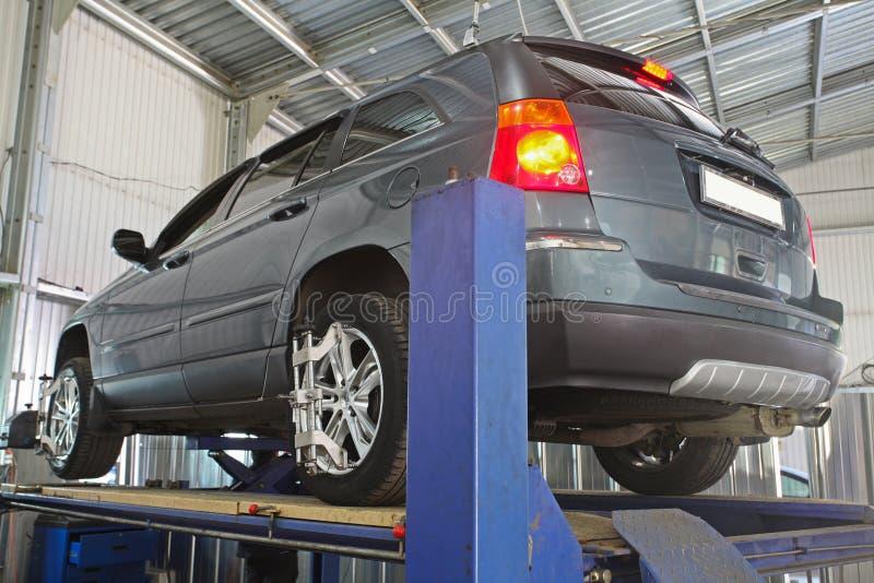 Un garaje de la reparación del coche fotografía de archivo libre de regalías