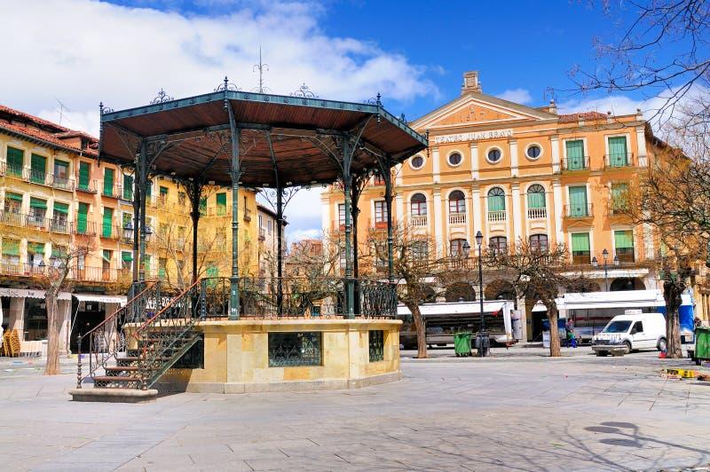 Gazebo en alcalde de la plaza, Segovia, España foto de archivo