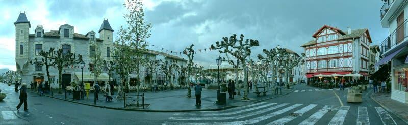 Un giorno piovoso di autunno in san Jean de Luz immagine stock libera da diritti