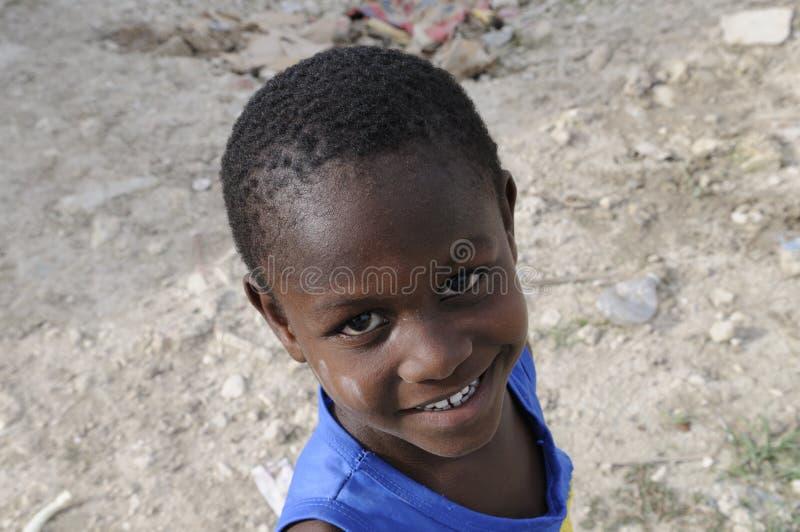 Un gosse haïtien. image stock