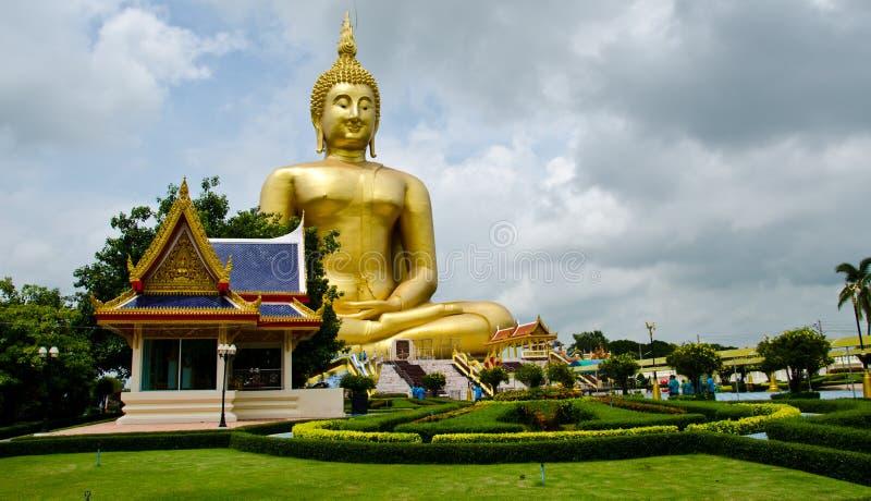 Un grande Buddha fotografie stock