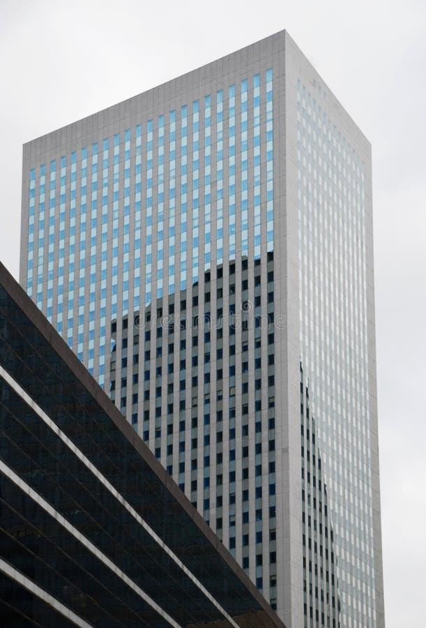 Un gratte-ciel de Paris images stock