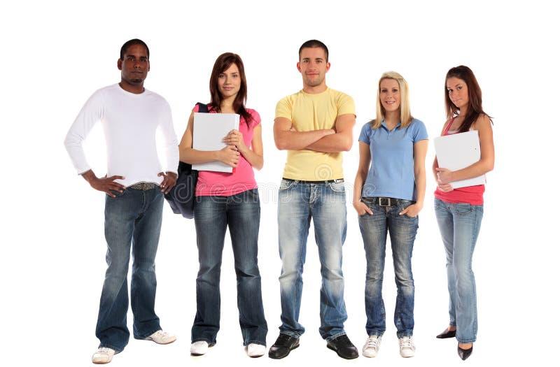 Un gruppo di cinque giovani immagine stock