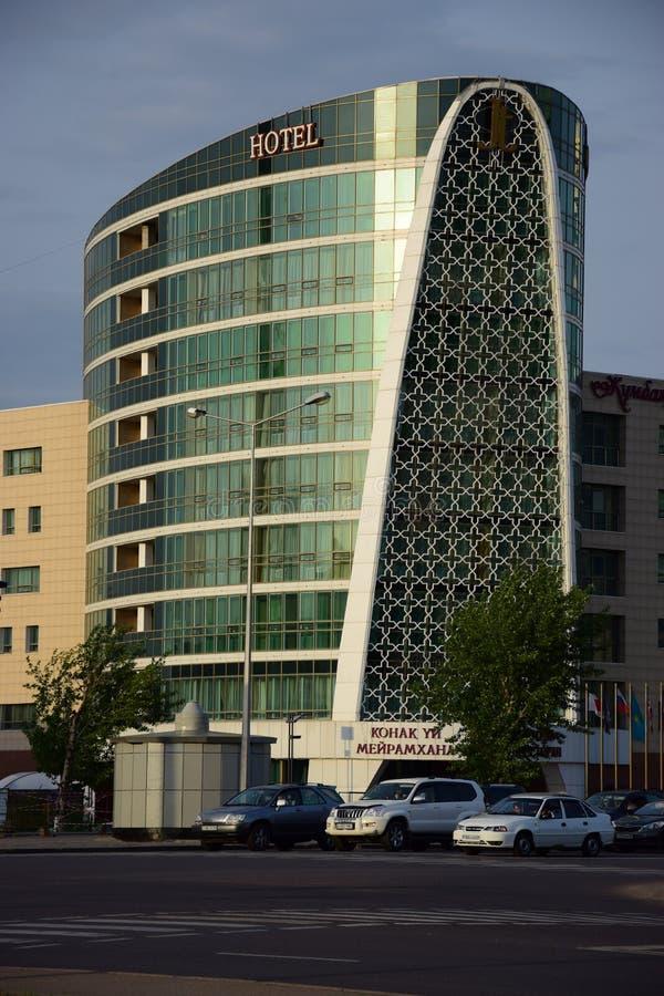 Un hôtel moderne à Astana images libres de droits