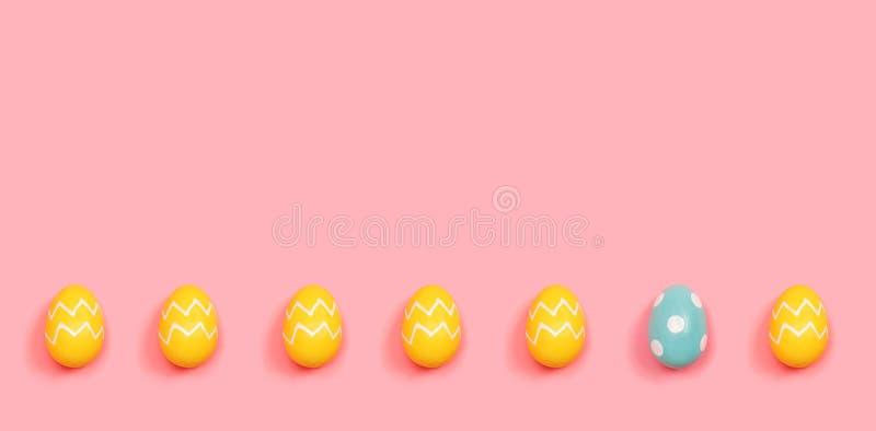 Un hacia fuera concepto único del huevo de Pascua libre illustration