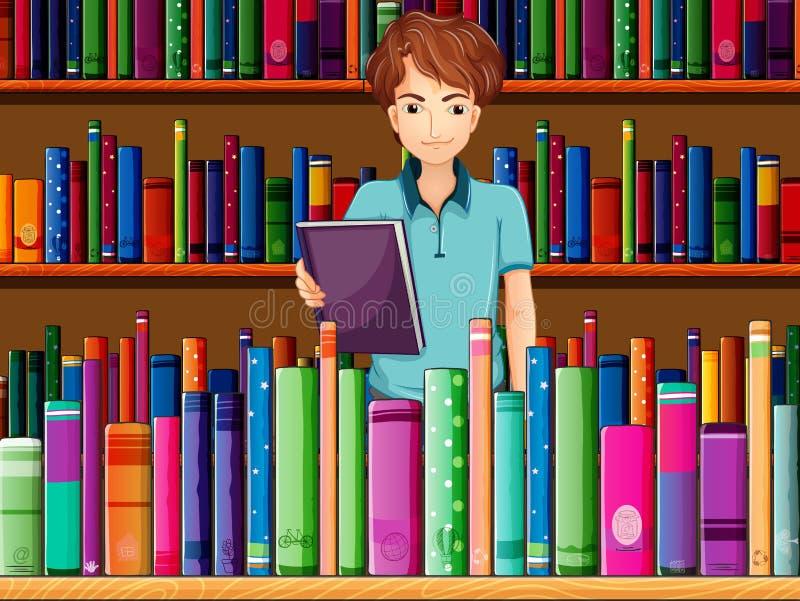 Un hombre que sostiene un libro en la biblioteca ilustración del vector