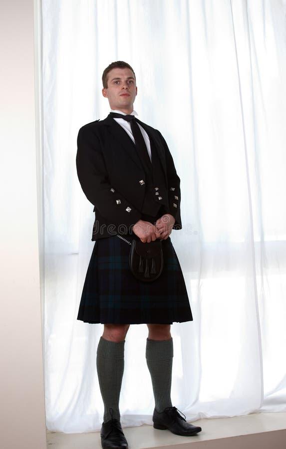Un homme écossais dans un kilt photographie stock libre de droits