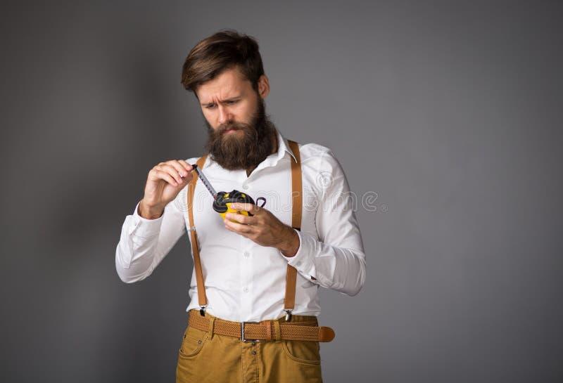 Un homme avec une barbe photos libres de droits