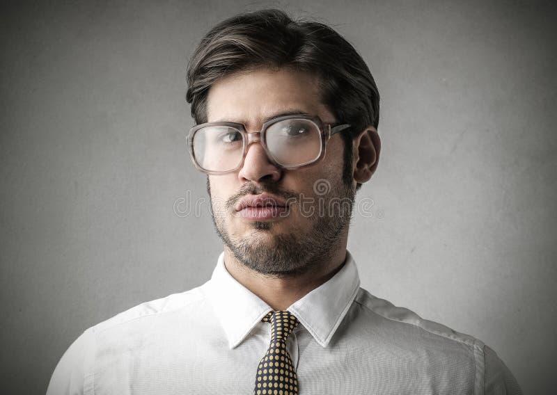 Un homme d'affaires sérieux photographie stock libre de droits