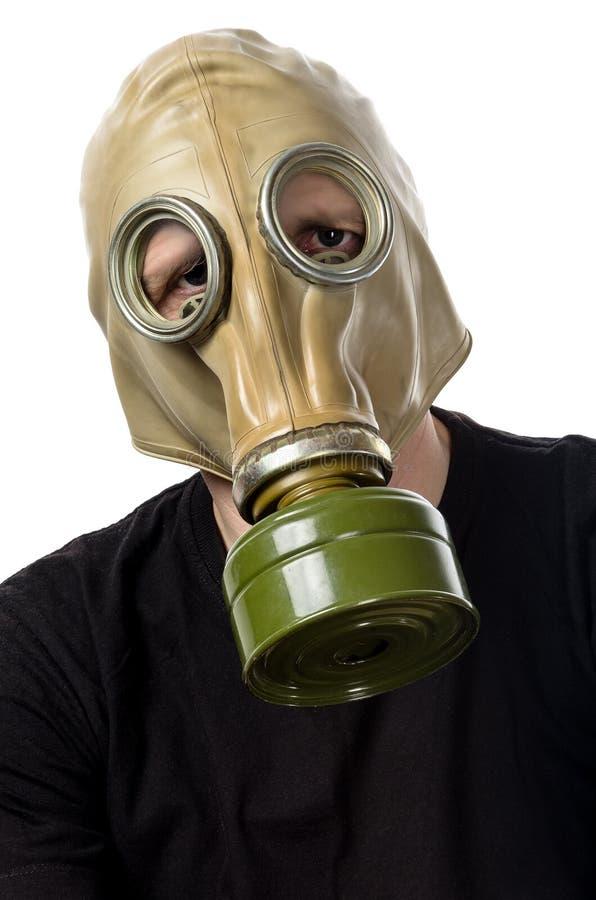 Un homme dans un masque de gaz GP-5 photos libres de droits