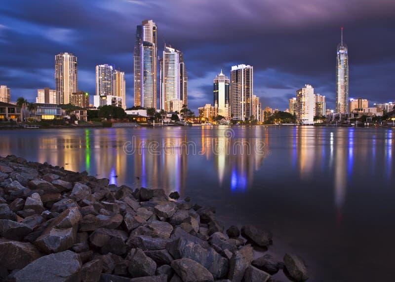 Un horizonte de Gold Coast imagen de archivo
