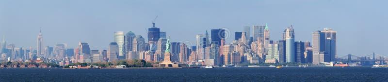 Un horizonte más inferior de New York City Manhattan fotografía de archivo