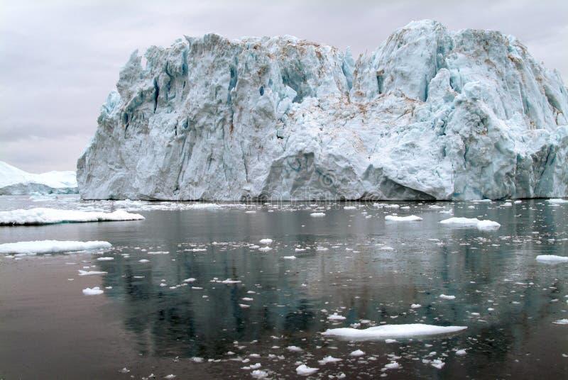 Un iceberg plus grand que Titanic photo libre de droits