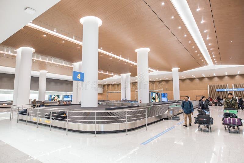 Un'immagine dell'interno di un aeroporto fotografie stock libere da diritti