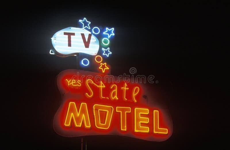 Un'insegna al neon che legge il ½ del ¿ di Motelï dello stato del ½ del ¿ del ï immagine stock libera da diritti