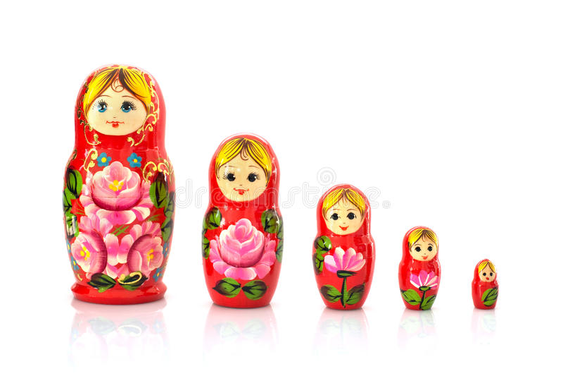 Un insieme di cinque bambole russe di incastramento di matryoshka fotografie stock libere da diritti