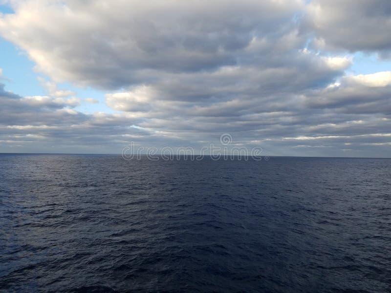 Un jour nuageux image libre de droits