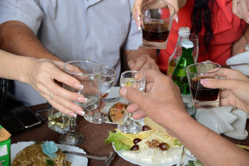 Un joyeux festin. image stock