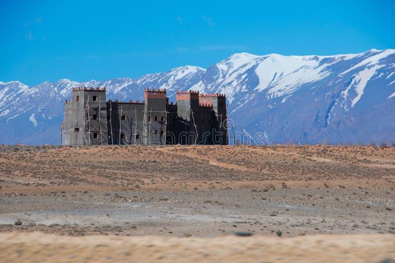 Un kasbah, situato nell'alto atlante del Marocco fotografie stock