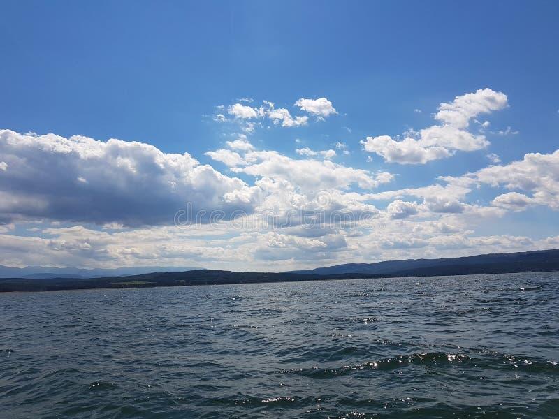 Un lac photos libres de droits