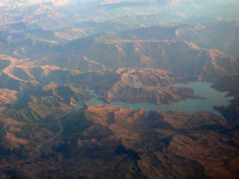 Un lac dans Rif Mountains du Maroc photo stock