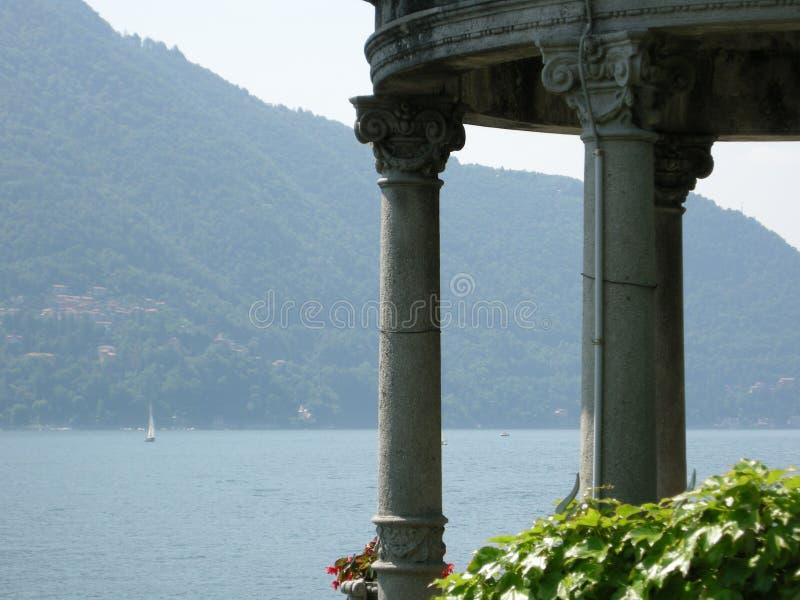 Un lac rêveur Como de rendez-vous photographie stock libre de droits
