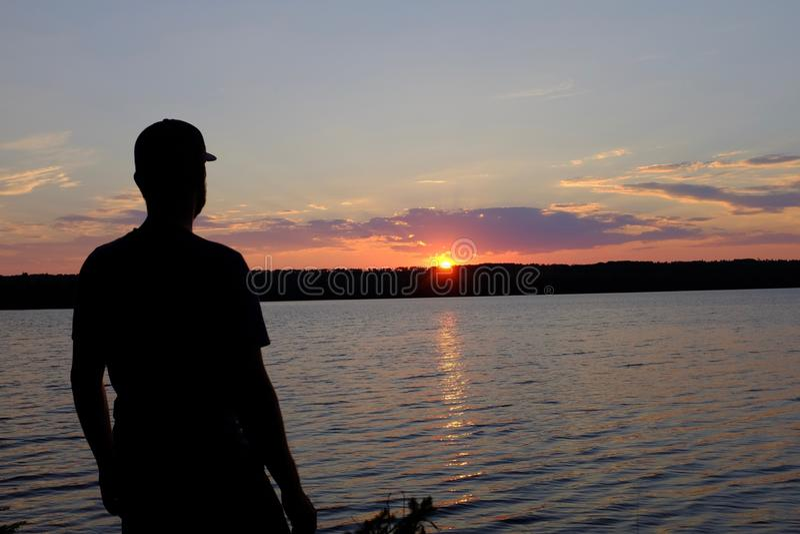 Un lago ontario en la puesta del sol fotografía de archivo libre de regalías