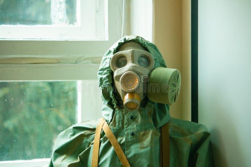 Un manichino che indossa la Nuclear Biological Chemical Suite immagini stock