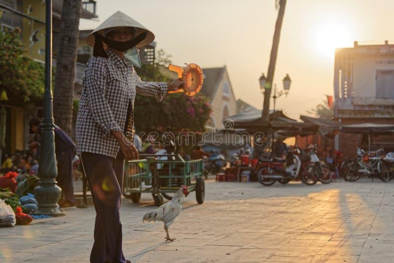 Un marché vietnamien traditionnel photo stock
