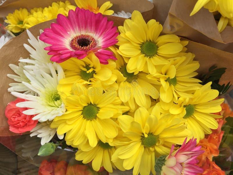 Un mazzo dei fiori immagine stock