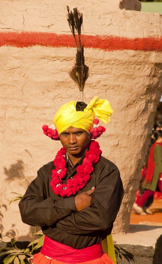 Un membre de la tribu indien de danseur photo libre de droits