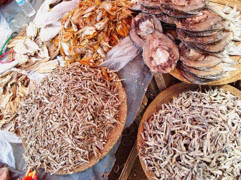 un mercado de los mariscos en Vietnam imagen de archivo libre de regalías