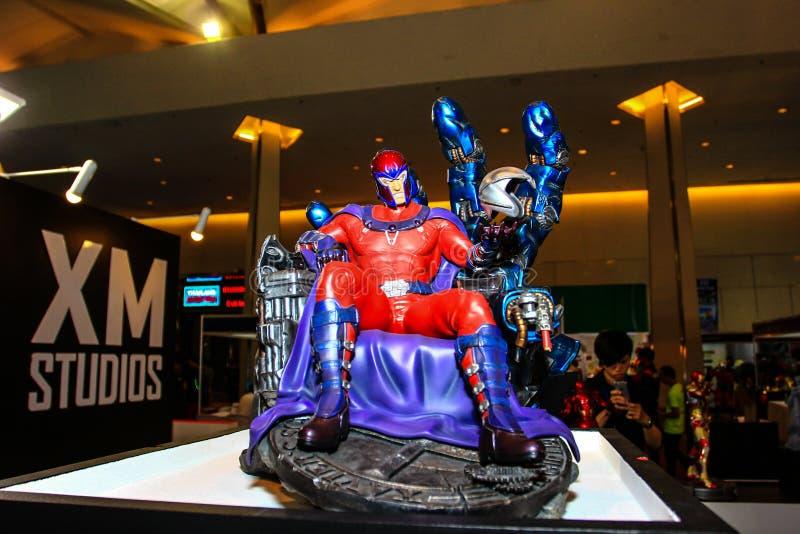 Un modèle du magnéto à caractère des films et des bandes dessinées photos stock