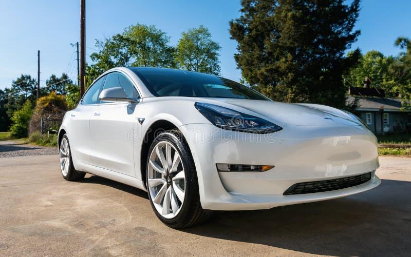 Un modelo blanco a estrenar 3 de Tesla imagenes de archivo