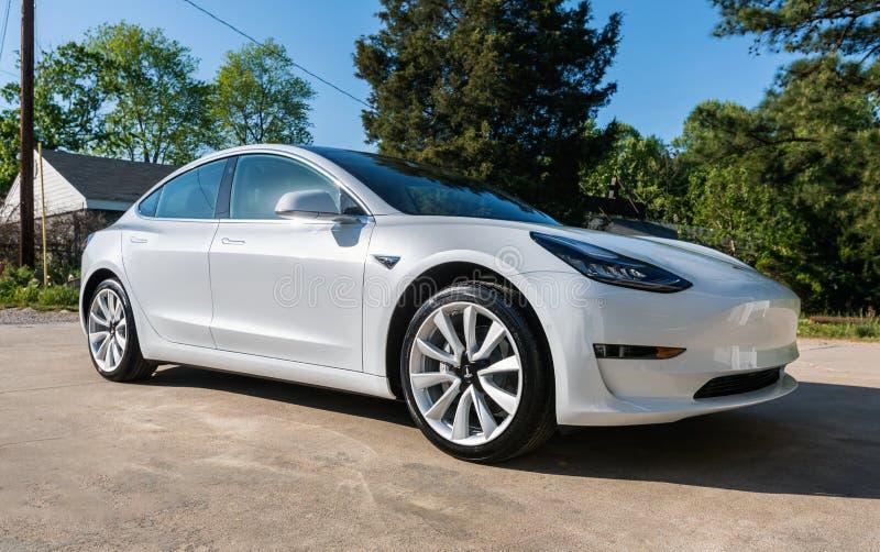 Un modelo blanco a estrenar 3 de Tesla fotografía de archivo libre de regalías