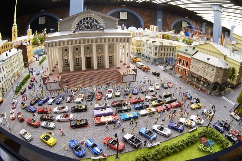 Download Un Modelo Miniatura De La Ciudad De St Petersburg Con Los Coches Imagen de archivo - Imagen de headache, dentro: 41912815