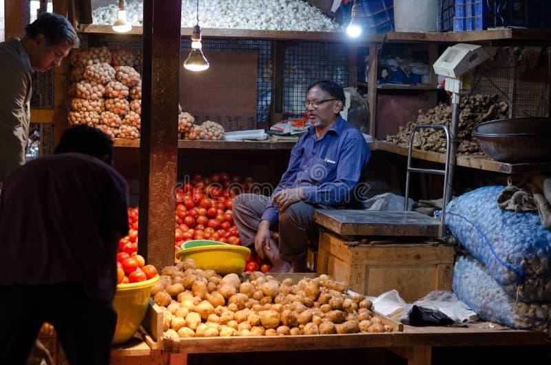 Un moment du marché dans l'Inde image stock