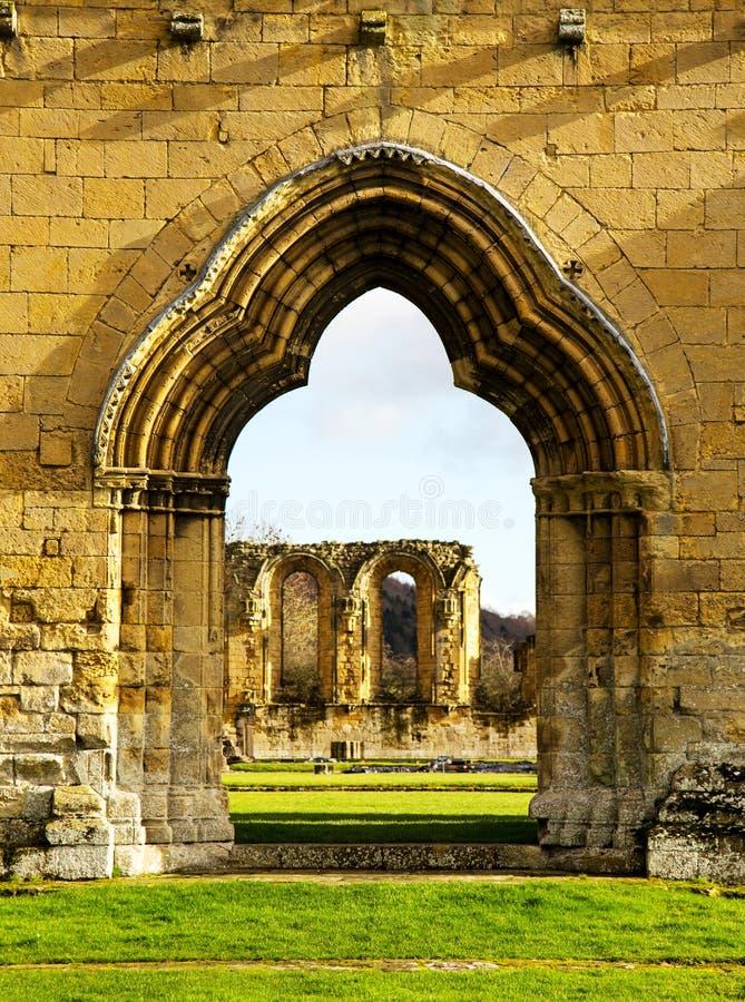 Un Monastry cisterciense arruinado en Yorkshire, Inglaterra fotos de archivo
