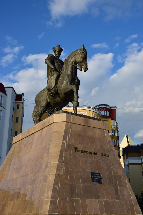 Un monument à Kenesary Khan à Astana photo stock