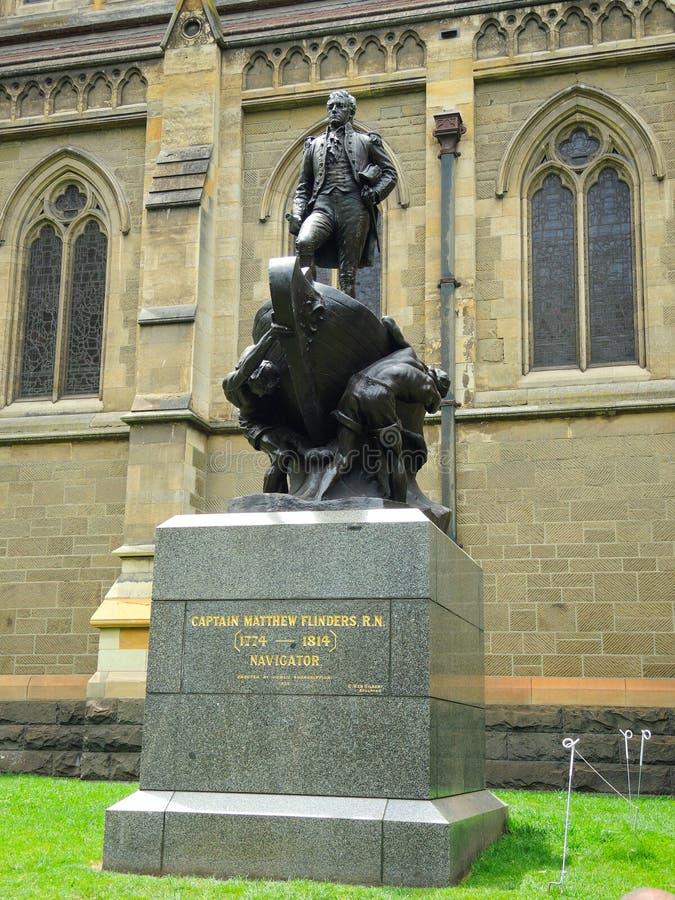 Un monumento per capitanare Matthew Flinders, R n chi ha giocato un maggiore arrivi a fiumi il rilevamento della linea costiera d immagine stock libera da diritti